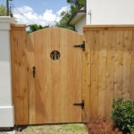 Cedar Arched Wg And Fence With C&t